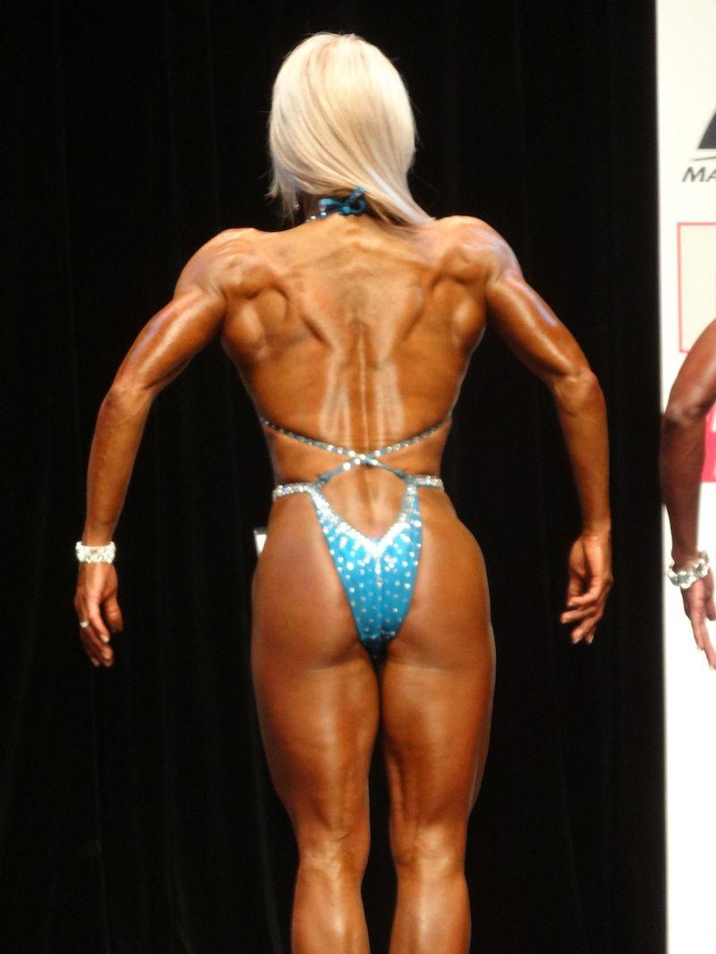 Female bodybuilder DSC00953