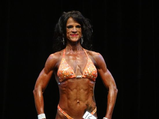 Female bodybuilder DSC00962