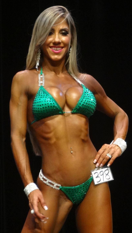 Female bodybuilder DSC01811