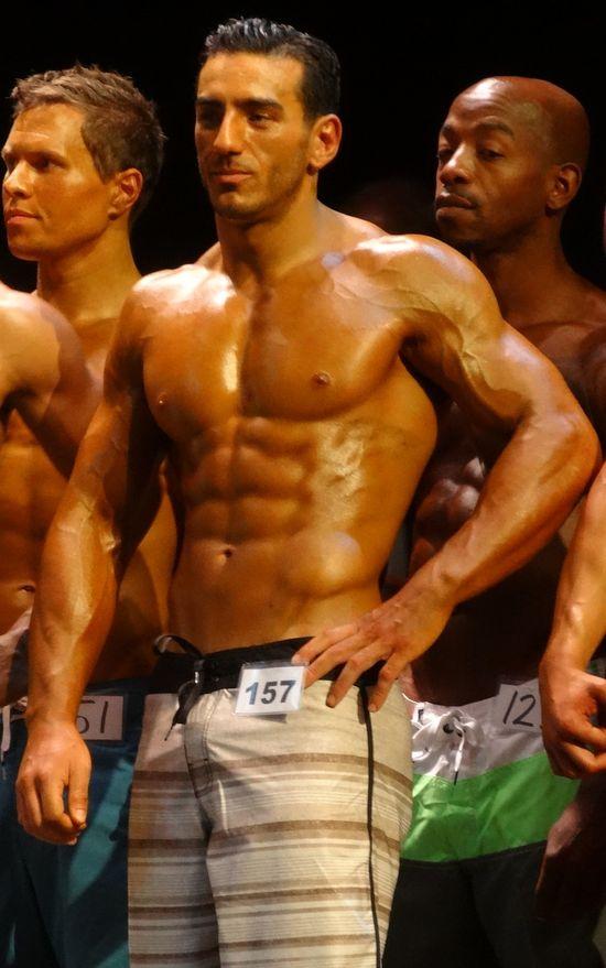 Superhot muscle man DSC01220