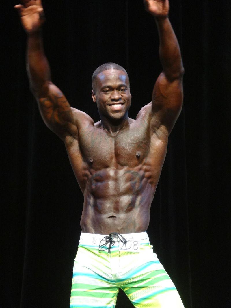 Black muscles DSC01492