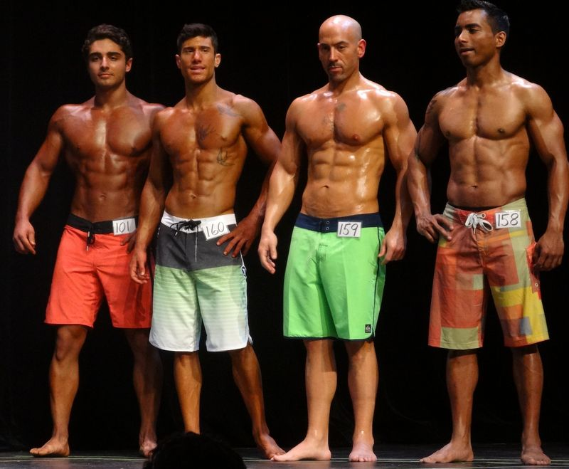 Teen bodybuilders DSC01296