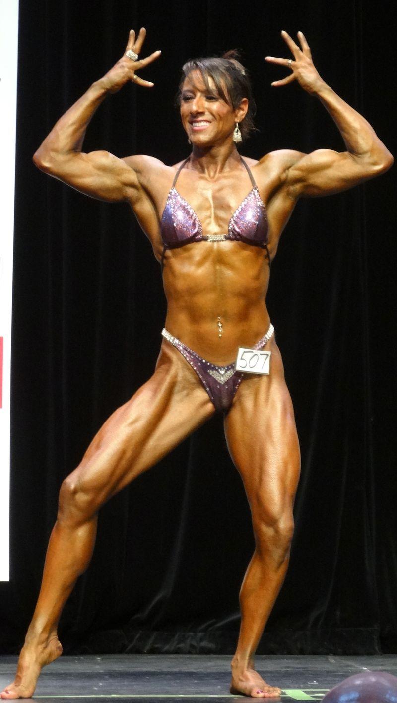 Female bodybuilder DSC01835