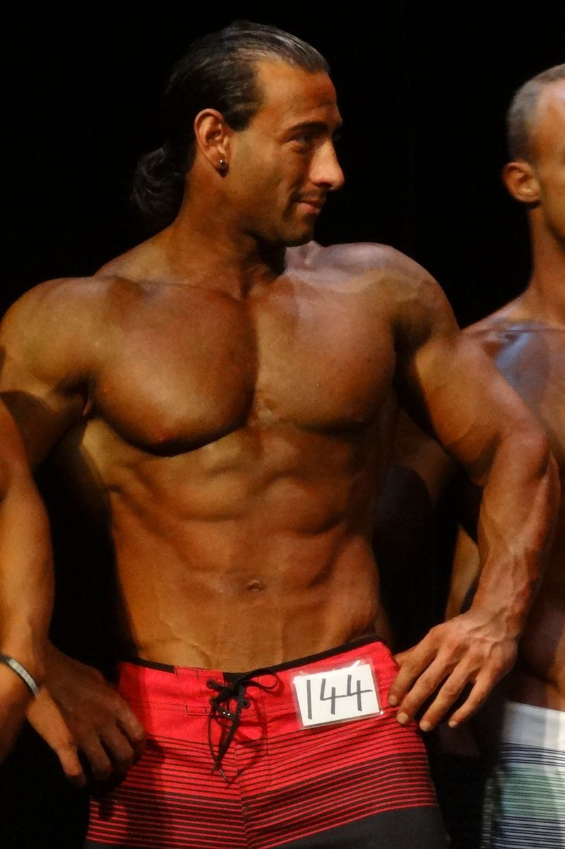 Muscle stud DSC01118