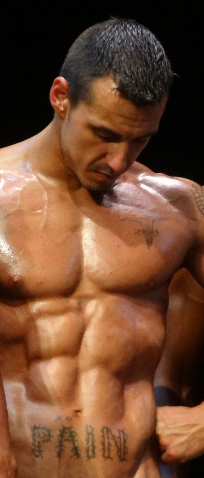 Muscleman-with-tattoo