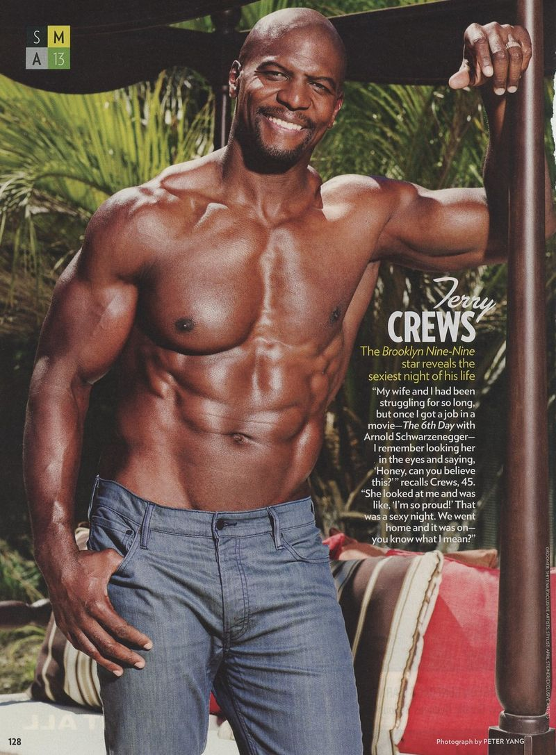 Terry-Crews-shirtless