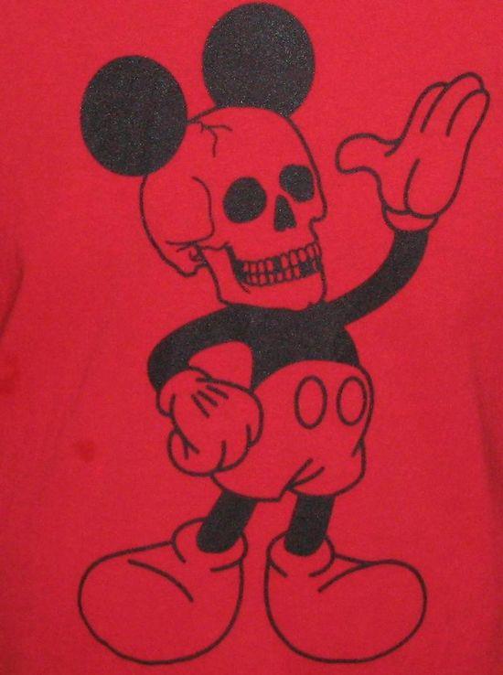 Mickey-Mouse-skull