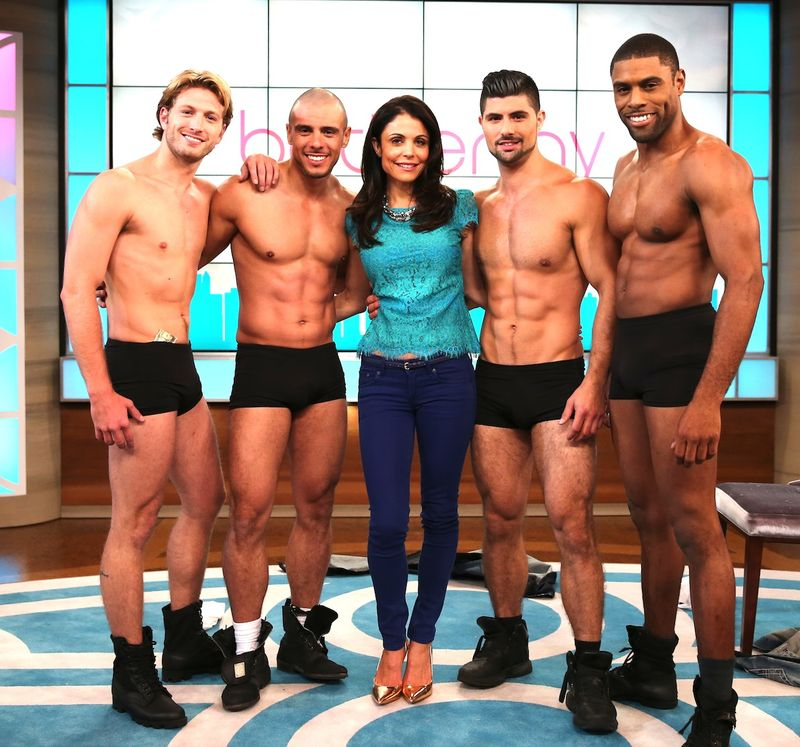 Strippers-Bethenny-shirtless