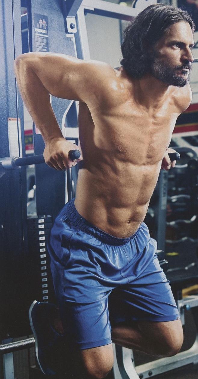 Joe-Manganiello-Muscle-Fitness-shirtless-9