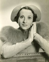 Joan Marion_portrait shot_1930s_1
