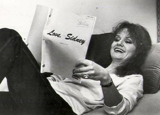 Swoosie-Kurtz-Love, Sidney
