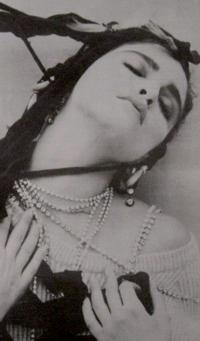 Steven-Meisel-Madonna-1983