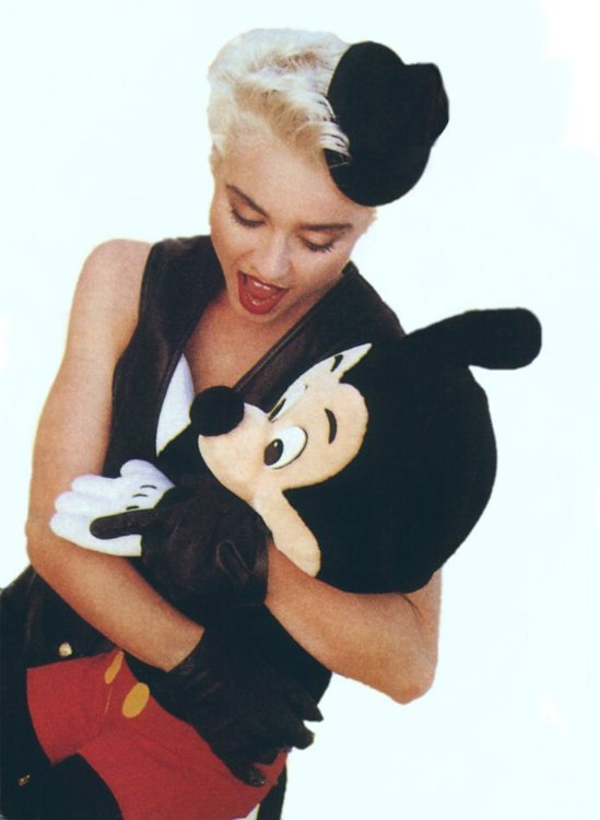 Madonna-Mickey-Mouse