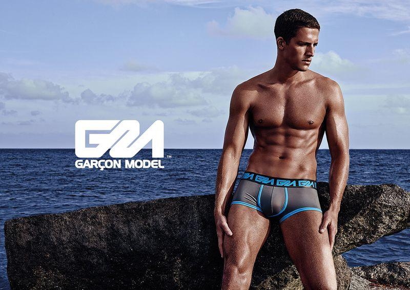 Garcon-Modell_Underwear_Tyler_Kenyon_Dade-Trunk