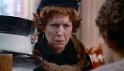 Polly-Holliday-as-Gremlins