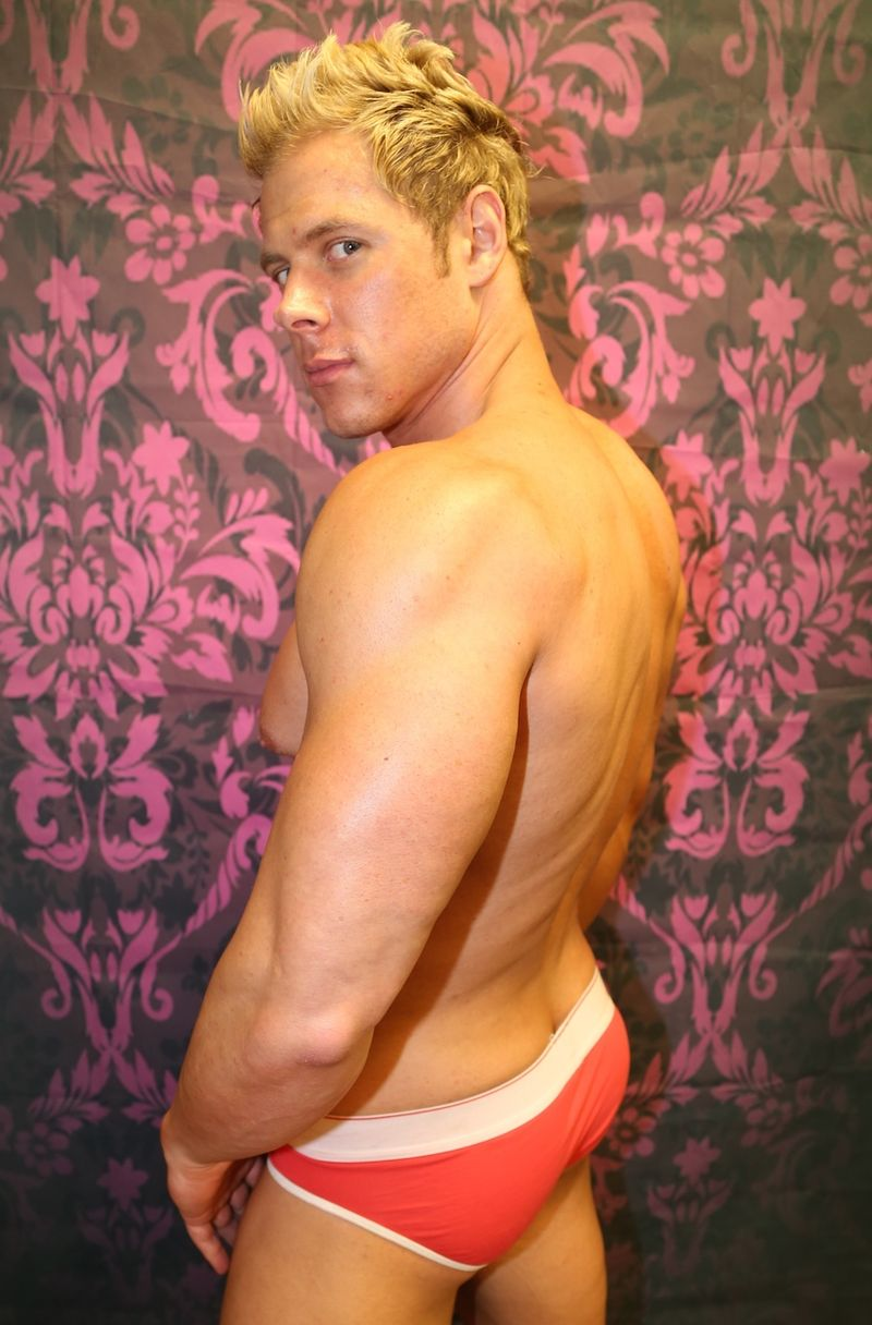 IMG_9017 TOmmy-stripper