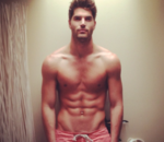 Nick-Bateman-male-model-abs