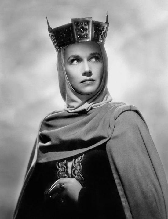 Jeanette_Nolan_in_Macbeth_(1948)