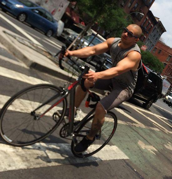 Hot-muscles-bike