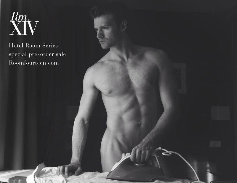 Mark-MacKillop-nude