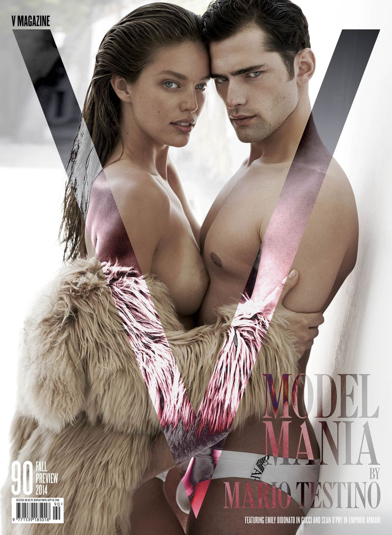 Bridget-malcolm-emily-didonato-sean-o_pry-joan-smalls-amanda-murphy-by-mario-testino-for-v-magazine-90-fall-preview-2014-2