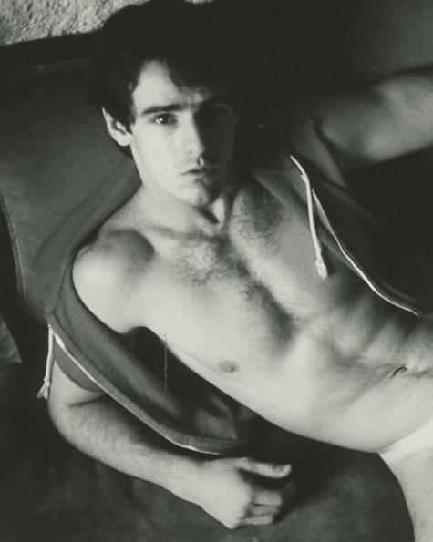 Hot-shirtless-gay-porn