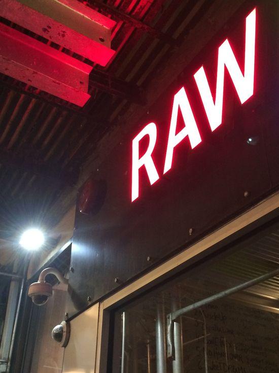 Sign-raw