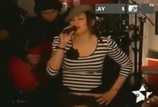 Madonna-American-Life-Live