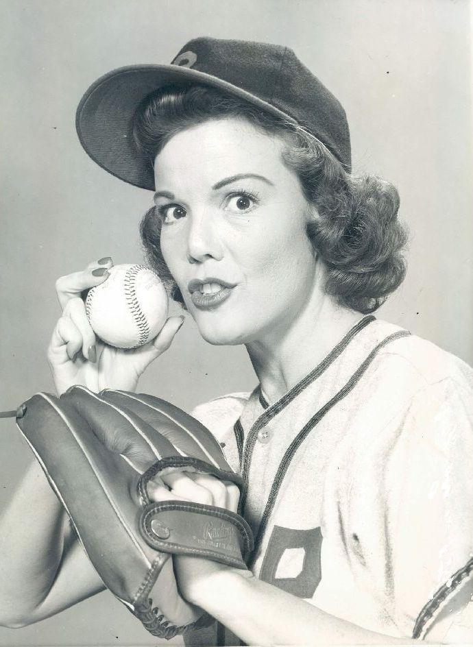 Nanette_Fabray_1957