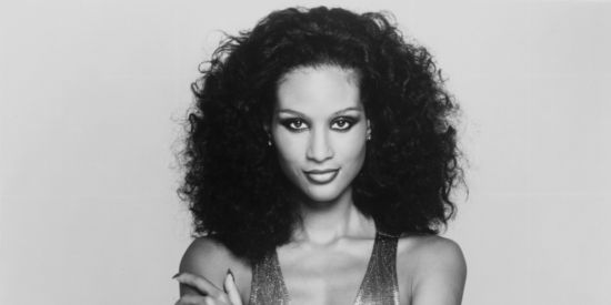 O-BEVERLY-JOHNSON-GLAMOUR-facebook