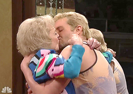 Betty-White-Bradley-Cooper