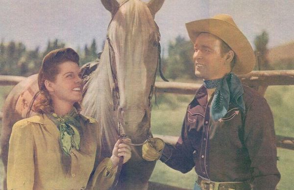 Roy-rogers,-ruth-terry-and-trigger-in-hands-across-the-border-(1944)