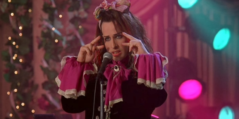 Alexis-Arquette-in-The-Wedding-Singer
