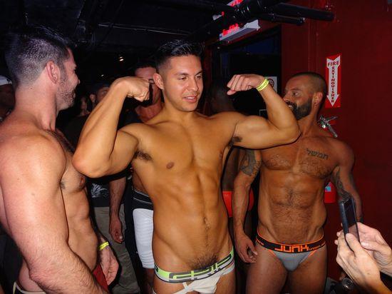 DSC07175-porn-biceps-Hustlaball