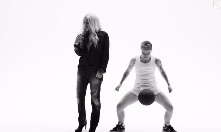 Justin-Bieber-underwear-CK-SNL