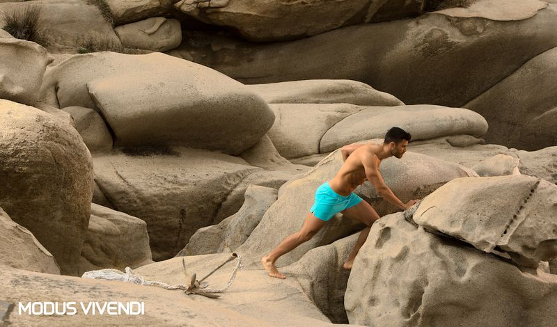 1.Lifestyle_Log-Swimwear-Collection-Neon-Line (10)