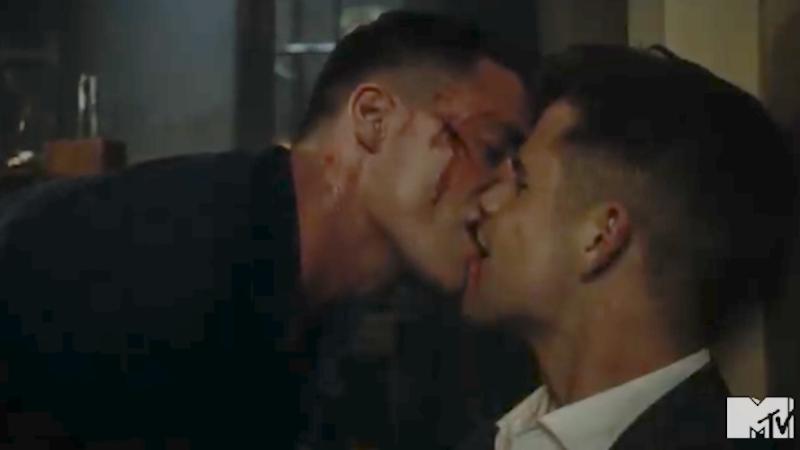 Teen Wolf gay kiss