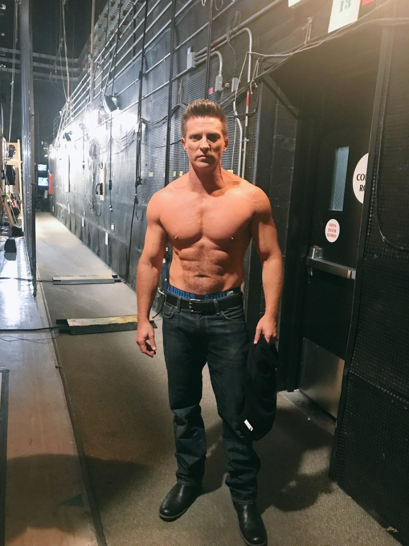 Check It Out: Steve Burton Checks Back Into GENERAL HOSPITAL - Boy Culture  : Covering Hot Men, Gay Issues, Celebrities, Movies, Music & More