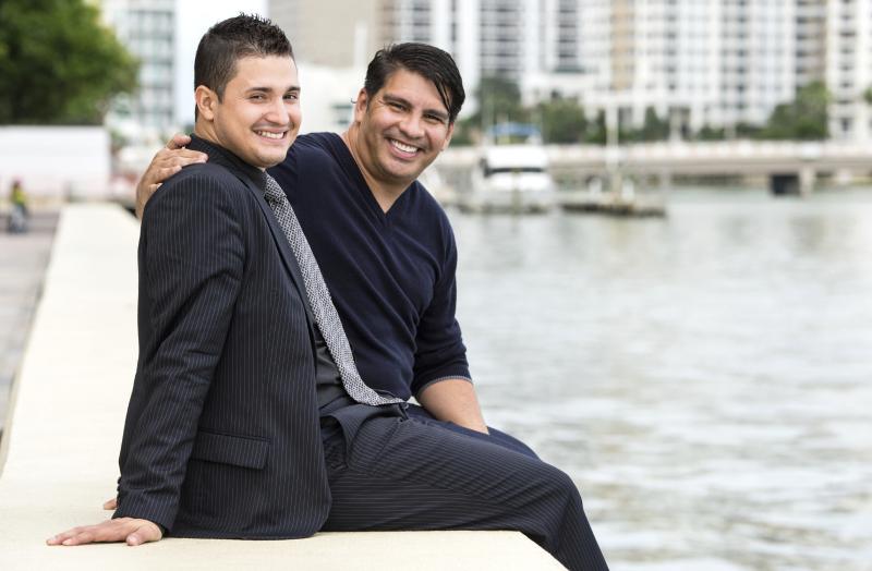 Mid-Latino-Couple