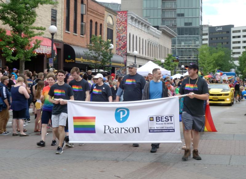 Iowa-city-pride-2019_48069822817_o