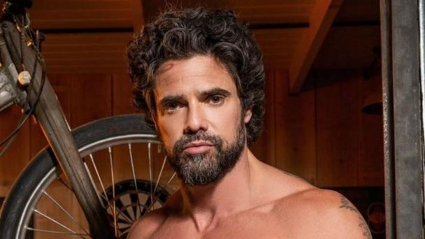 Luciano-castro-shirtless-nude-omg-boyculture