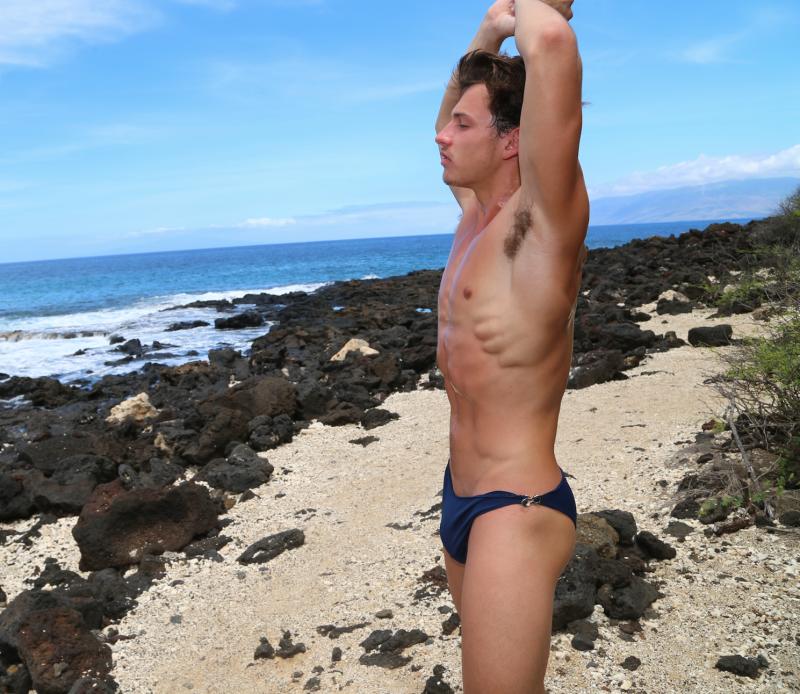 Devyn-maui-hawaii-shirtless-beefcake-muscles-underarms-boyculture-matthew-rettenmund-credit