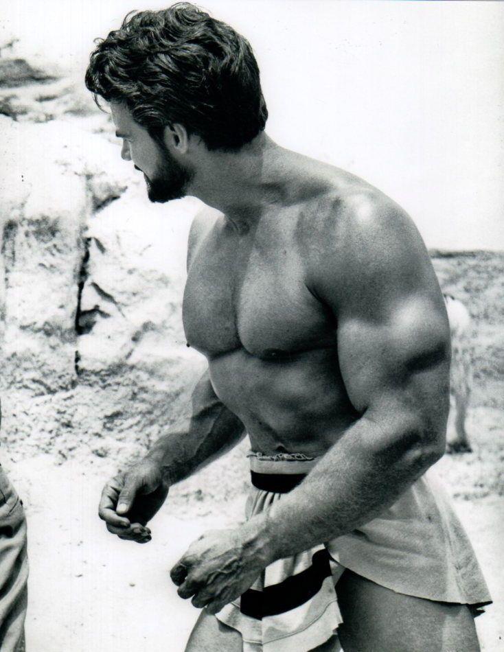 Steve-reeves-muscles-biceps-boyculture