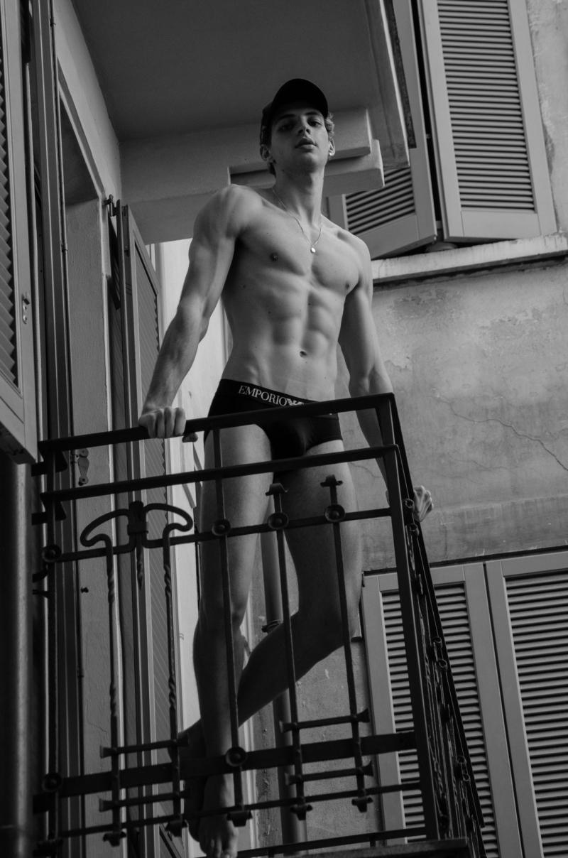Vinicius-scapin-felipe-cordeiro-shirtless-gay-boyculture