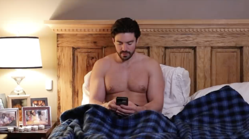 Steve-grand-shirtless-ill-be-home-christmas-boyculture