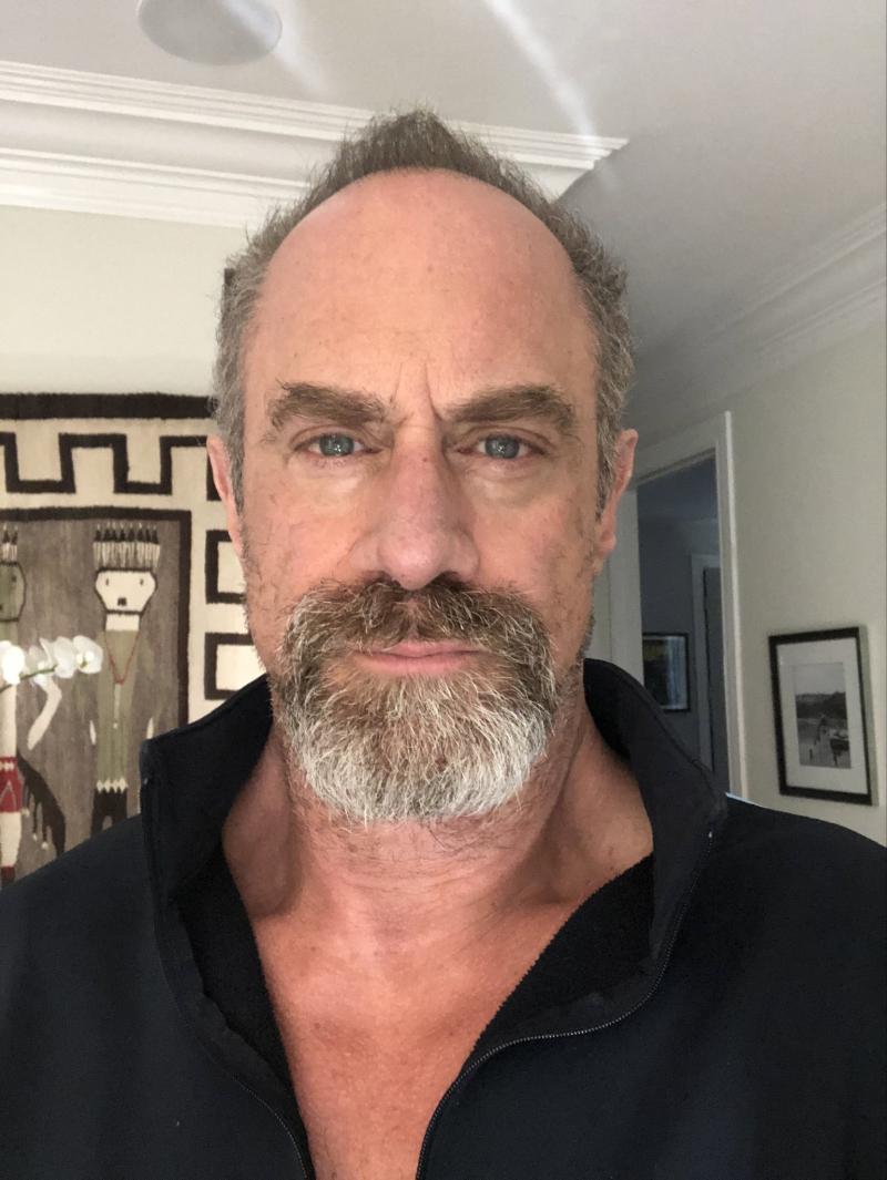 Chris-meloni-beard