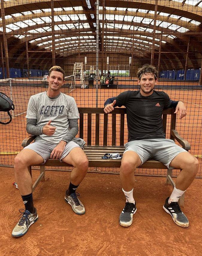 Thighs-sweaty-guys-hot-boyculture
