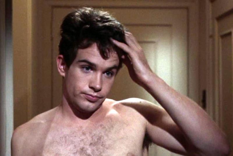 Warren-beatty-shirtless-boyculture