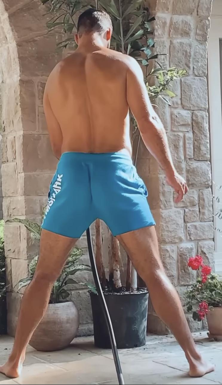 Eric-Decker-ass-butt-booty-boyculture