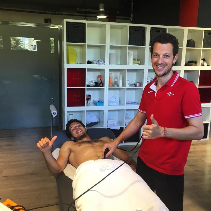 Shirtless-tennis-massage-boyculture